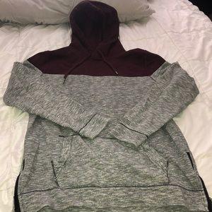 Comfy Hollister sweatshirt